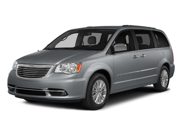 Pre-Owned 2015 Chrysler Town & Country LX